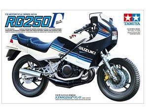 Immagine di TAMIYA Suzuki rg250 gamma  1:12-14024
